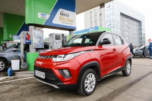 Mahindra KUV 100 на финалите на Автомобил на 2019 година